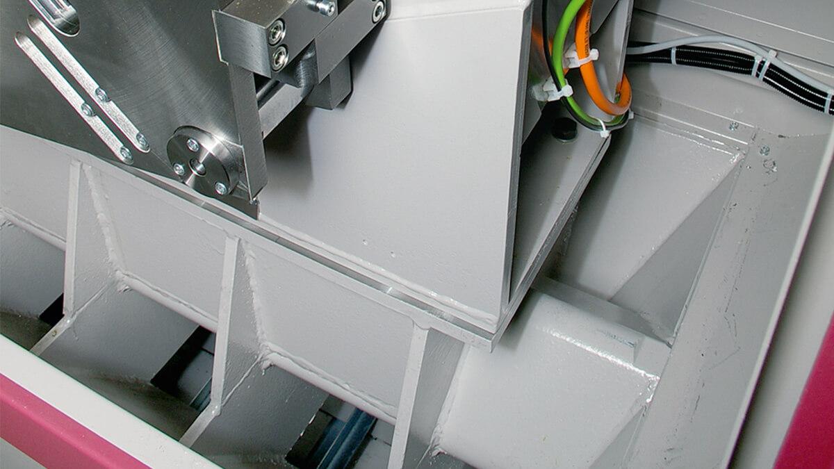 Behringer Eisele Metallkreissäge trichterförmiger Maschinenständer