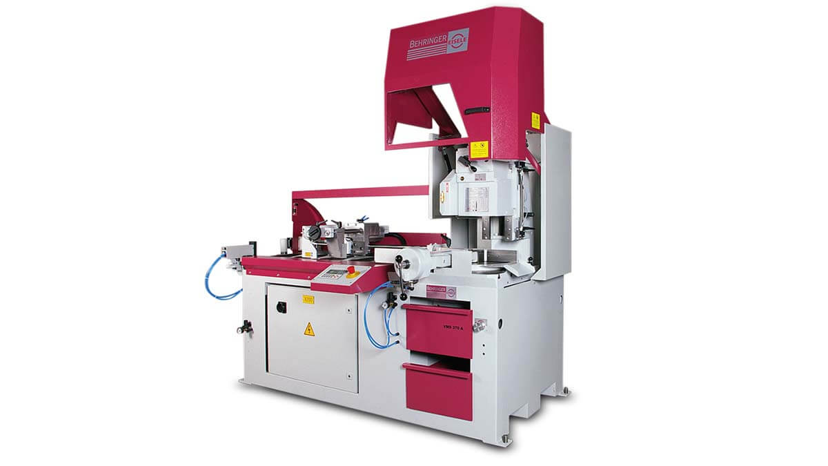 Behringer Eisele Vertikal-Kreissägeautomat VMS 400 A mit geöffneten Schutzhauben
