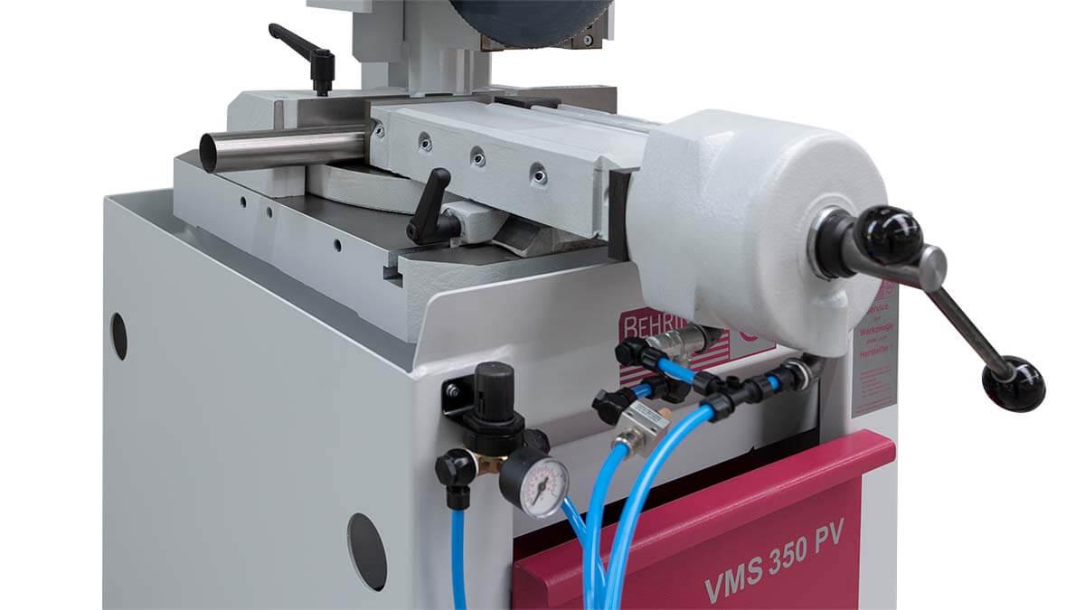 Behringer Eisele Vertikal-Metallkreissäge VMS 350 PV mit pneumatischer Materialspannung